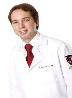 Drº Maurício Fernando Favaleça