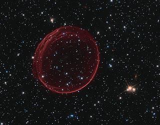 Fotografía de SNR 0509 obtenida por Hubble