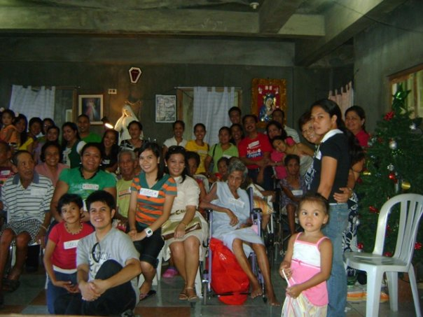 Maagang Pasko Munting Handog Saya, Regalo at Tulong para kina Lola at Lolo!