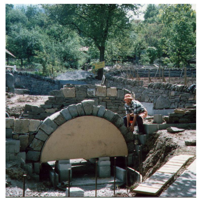 Building a drystone bridge - How to build a garden bridge with an arch ...