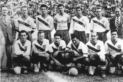 Pictured above the 1950 U.S. World Cup team that beat England 1-0 and earned third place