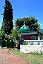 Mi-Toti-Drbar in Khuiratta