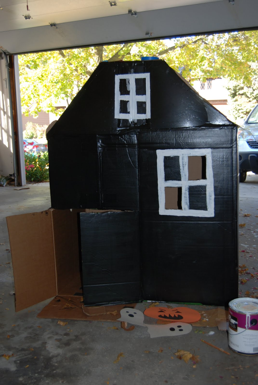 Home with lindsay halloween haunted cardboard house for How to make a cardboard haunted house