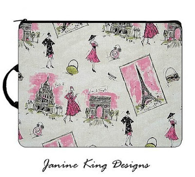 Pink Laptop Sleeve: Tres Chic for 13 inch Apple MacBook