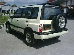 ESCUDO JLX 95(PEARL WHITE)