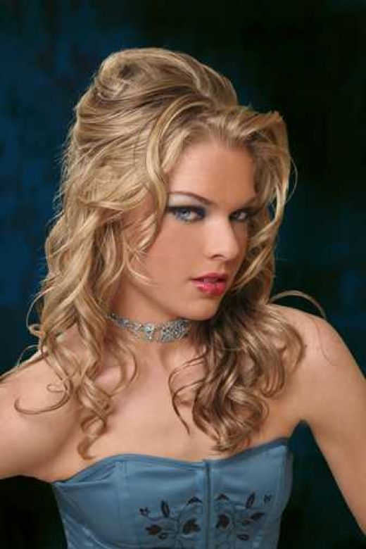 half up half down curly hairstyles for prom