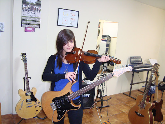Cristina Colmenero Fernández (Matrícula de: 08/04/10)