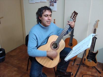 Héctor Rodil Marzábal (Matrícula de: 20/01/09).