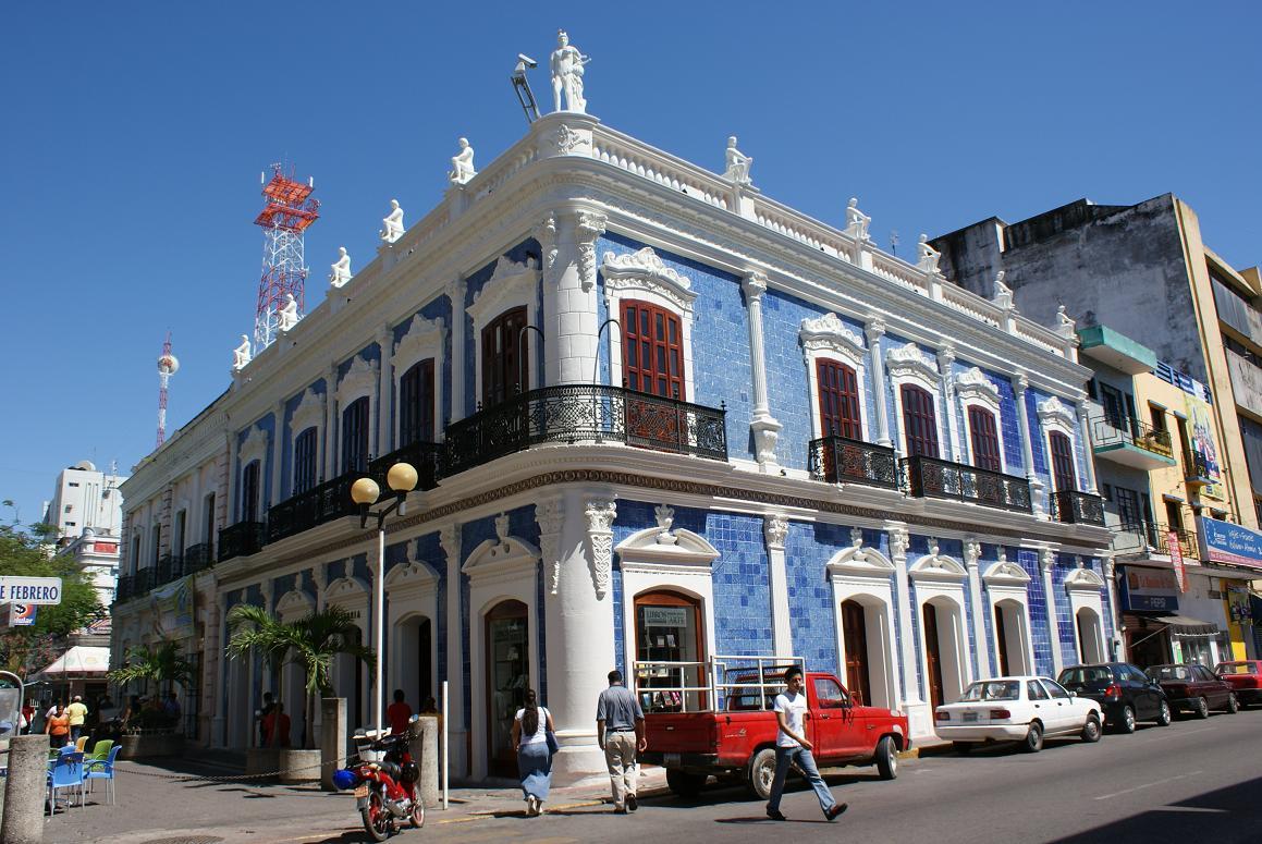 M xico sur noticias columnas en tabasco tabasco for Casa de los azulejos historia