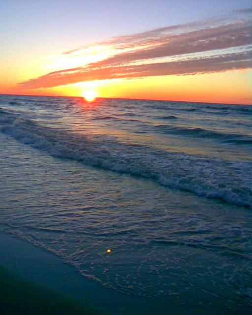 Słońce się kąpie w Bałtyku