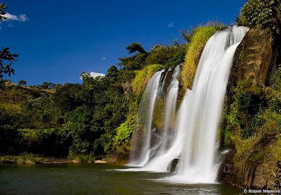 carrancas mg cachoeira da fumaça fumaca ponto turistico viajando sem frescura brasil