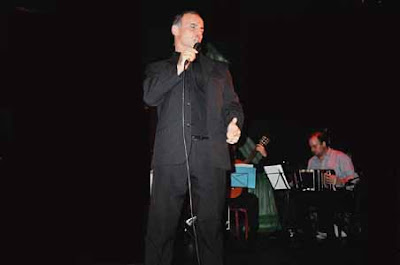 Raul Monone Cantando
