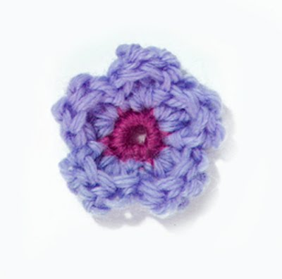 Flower Applique Free Crochet Pattern