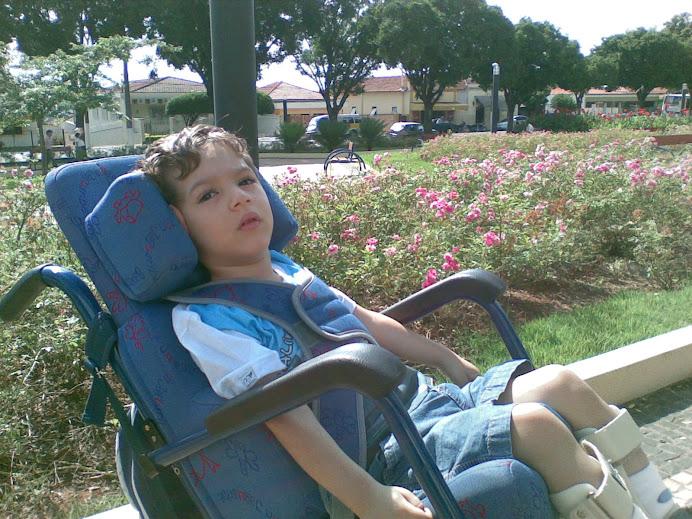 Ajude MATHEUS a ir fazer seu tratamento com CÉLULAS-TRONCO na China. CLIC NA FOTO!!!!