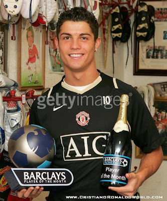 Cristiano Ronaldo-Ronaldo-CR7-Manchester United-Portugal-Transfer to Real Madrid-Images 2