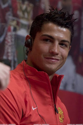 Cristiano Ronaldo-Ronaldo-CR7-Manchester United-Portugal-Transfer to Real Madrid-Pictures 4