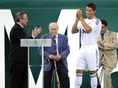 Cristiano Ronaldo Real Madrid - CR9 - Posters