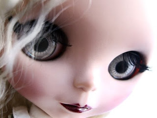 Gothic Doll (Picture)