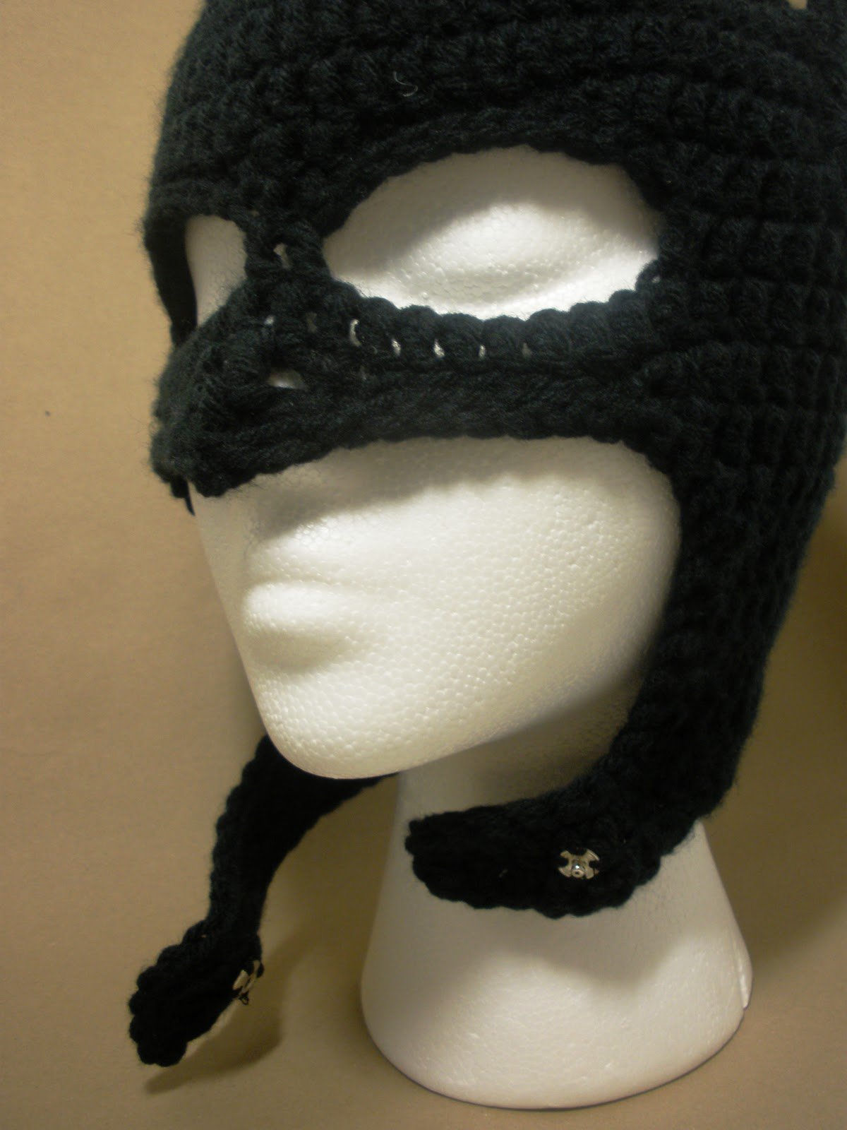 Free Crochet Pattern For Batman Hat : Crochet Pattern + Batman Free Patterns For Crochet