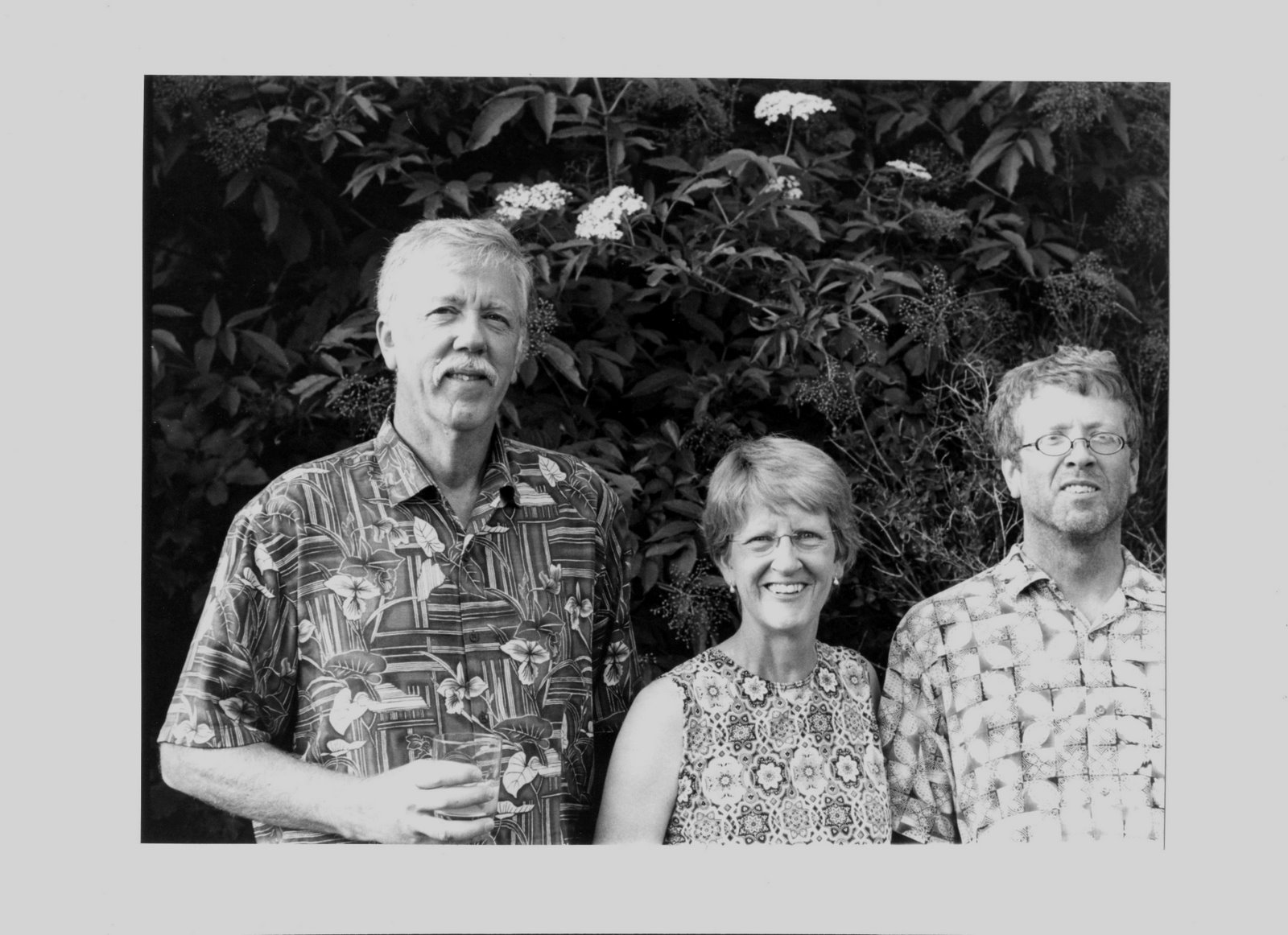 [Ken,+Nancy+and+Ross.jpg]