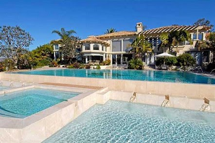 Sandy 39 s design blog 10 amazing pools from zillow for Homes for sale in utah with swimming pools