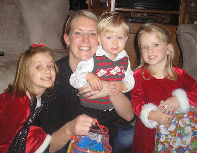 Stang family of five december 2009 - Sarah dray ...