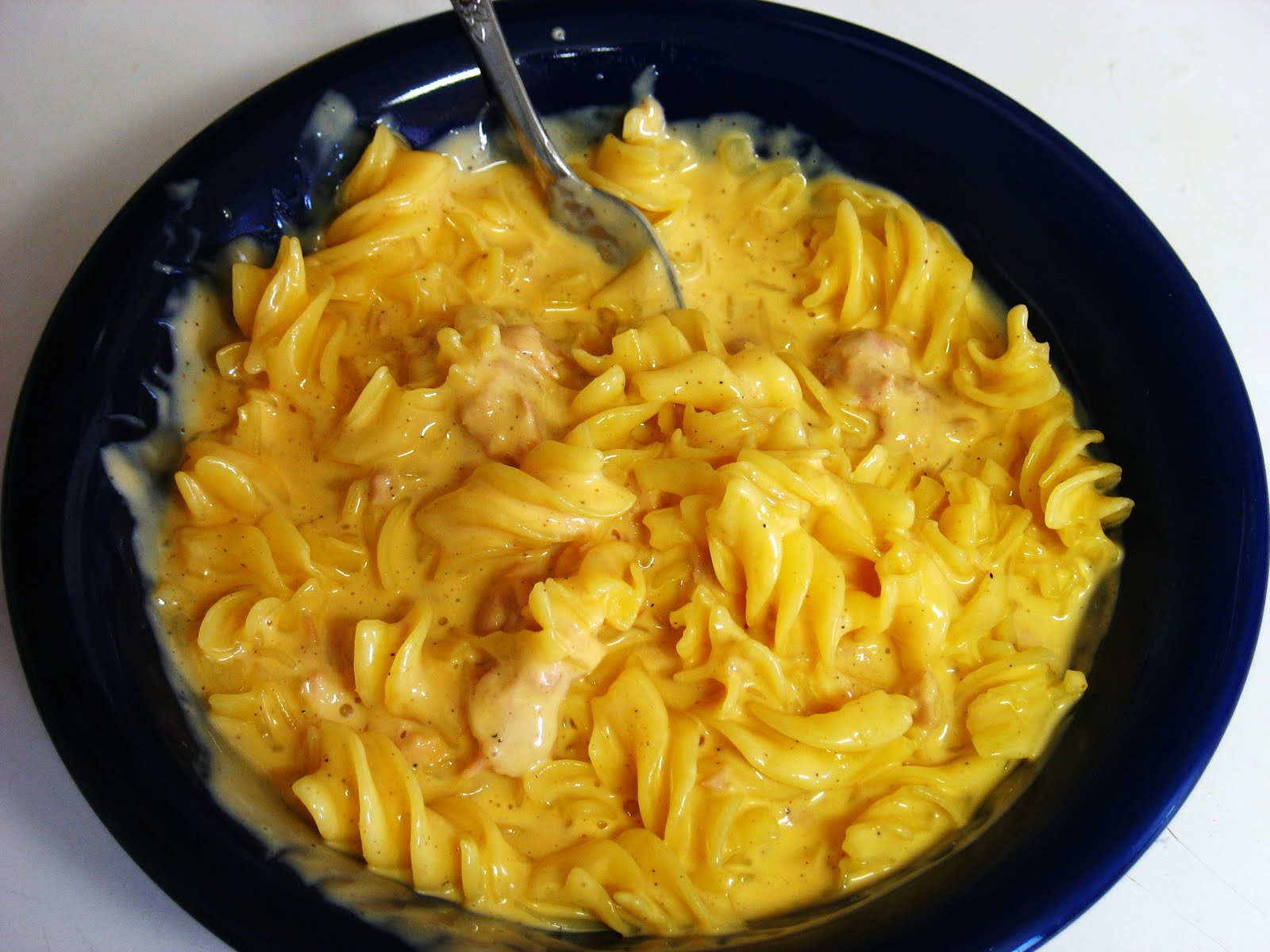 The Gluten Free Spouse: Gluten Free Tuna Macaroni and Cheese