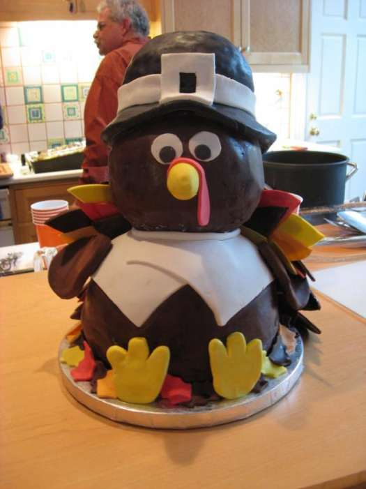 Cake Design For Thanksgiving : Thanksgiving Turkey Cakes - 23 Pics Curious, Funny ...