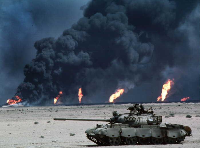 an analysis of the persian gulf crisis between iraq and kuwait Iraq iran war , gulf war, us invasion of iraq - world history - complete analysis  the persian gulf war 1990 to 1991 ep2 of 2  kuwait के बारे में जानिये.