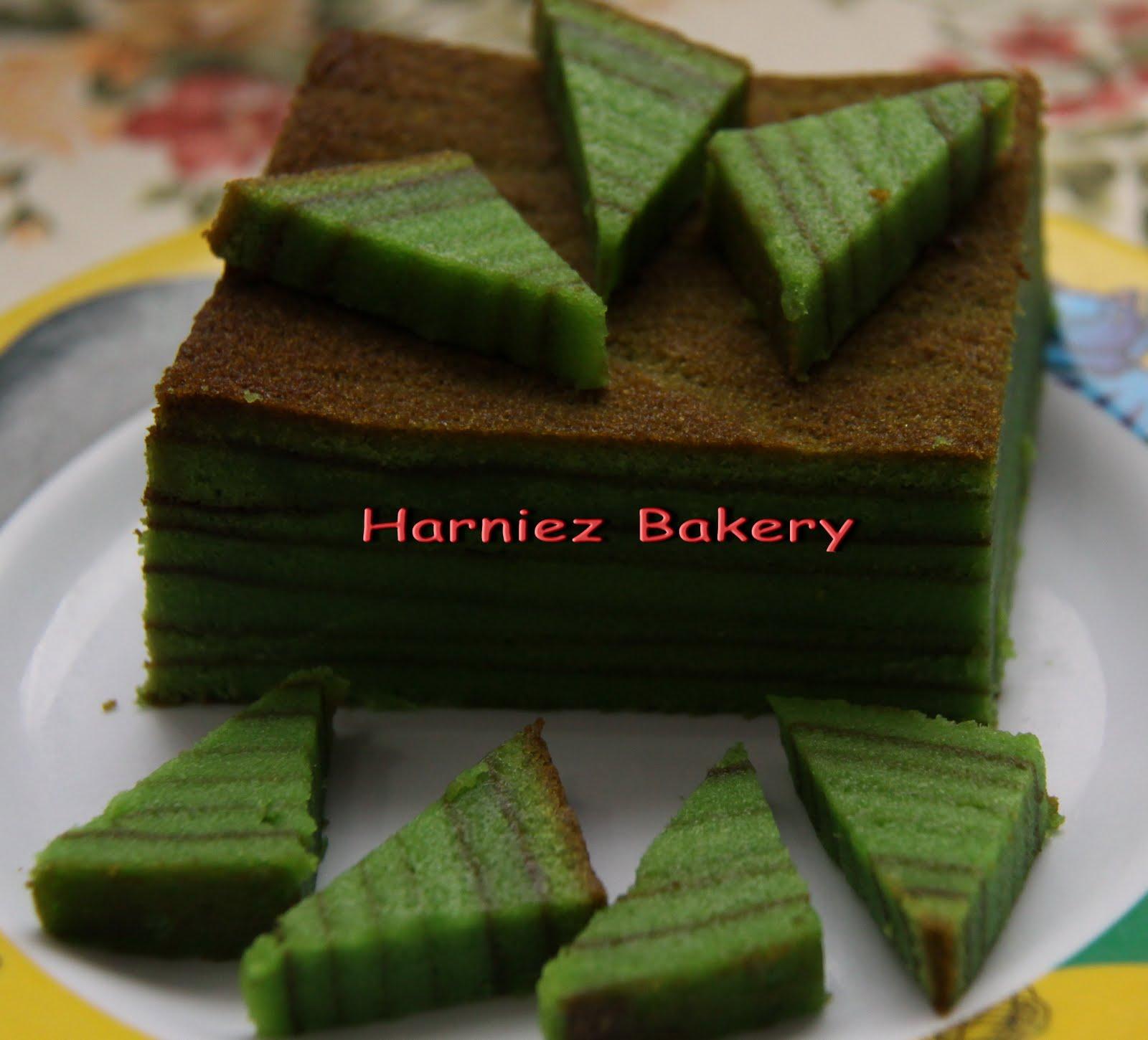 Kek Lapis Sarawak Evergreen