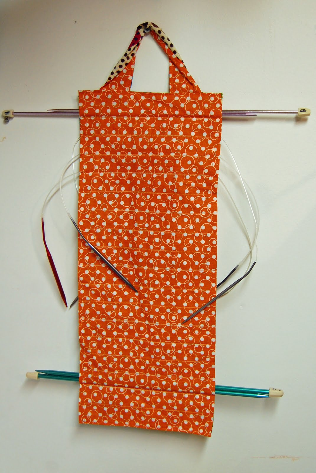Knitting Pattern Needle Holder : Pin and Paper: Hanging Circular Knitting Needle Holder - a tutorial