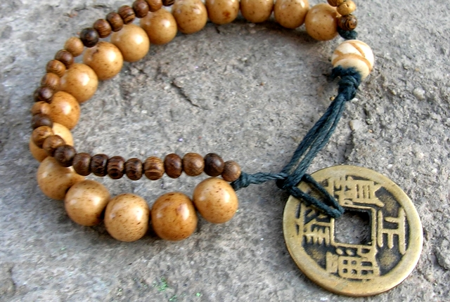 Buddhist Pendants on Top Celebrity Jewelry Blog  Zen Buddhist Jewelry Is A Lovely Gift For