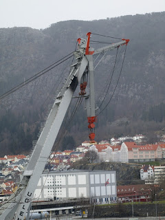 Havey lift crane, from the side