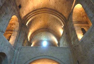 Maguelone, la cathédrale et les Maures