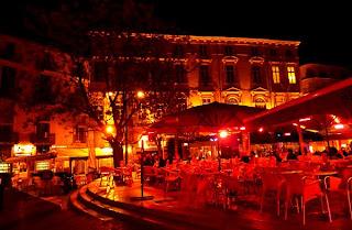 Les jeunes de Montpellier : Place Jean Jaurès
