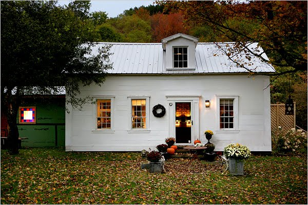Helen james design catskills cabin dream for Cabins in the catskills