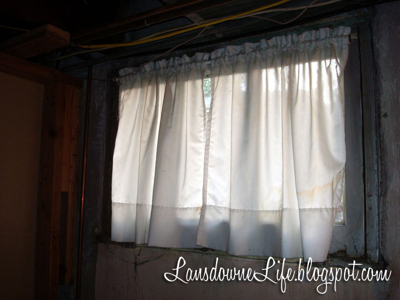 Curtains for the basement window curtains blinds for Window coverings for small basement windows