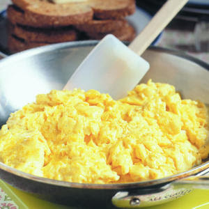 scrambled cheese eggs