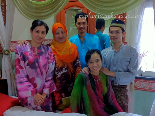 my cousins yang membesar together masa kecik2 dulu di kampung Losong