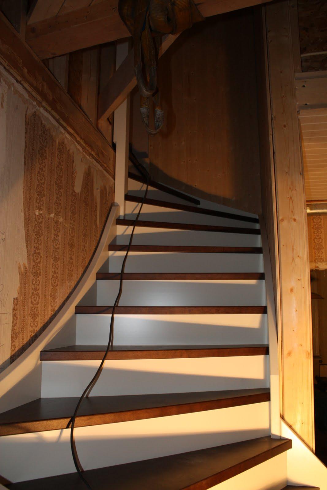 Drömmen om stenbäcken: trappan har kommit!
