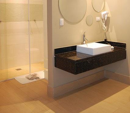 Pavimenti in parquet posa parquet e prezzi parquet - Parquet nel bagno ...