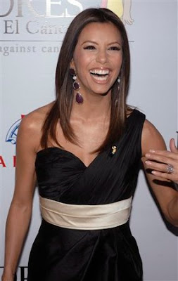 Host Eva Longoria attends the Padres Contra el Cancer's 7th annual