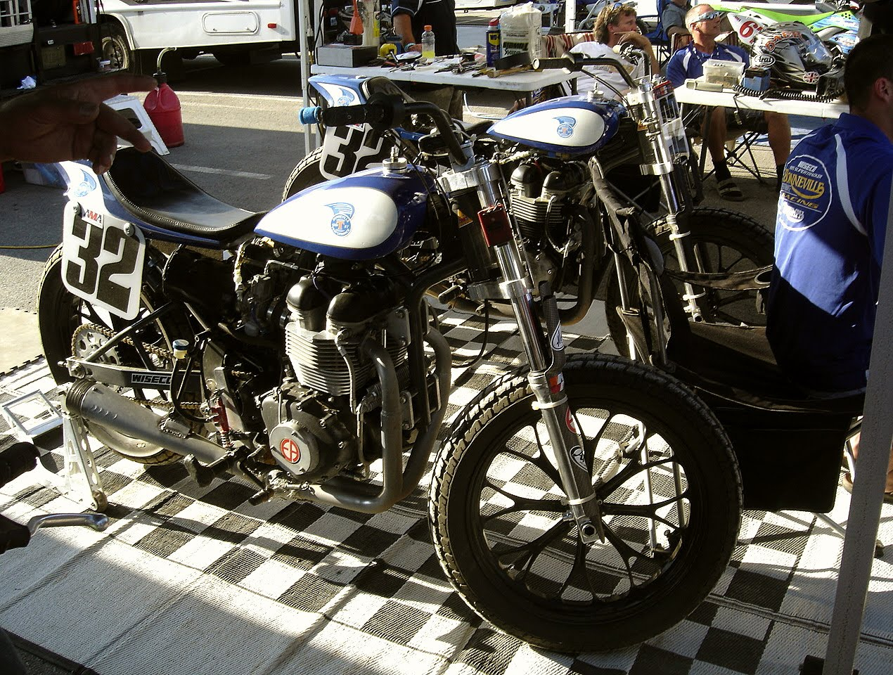 Stus Shots R Us  Bonneville Performance Triumph Review From AMA