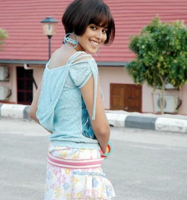 genelia d souza wallpapers. genelia d souza wallpapers.