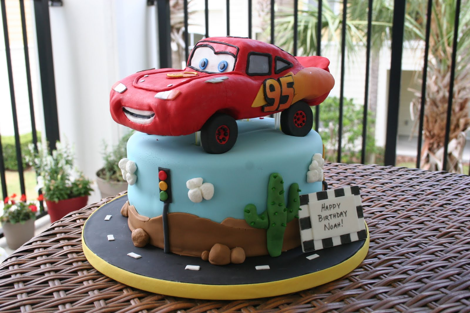 Stuff By Stace: Cars Lightning McQueen Cake