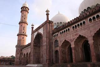 Taj'ul Masjid, Bhopal, India