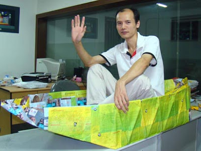 Crossing Taiwan Straits in a Paper Boat!