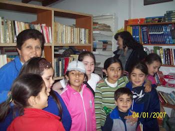Promocion de Lectura, con alumnos y padres de la  Esc. Juan Jose Castelli