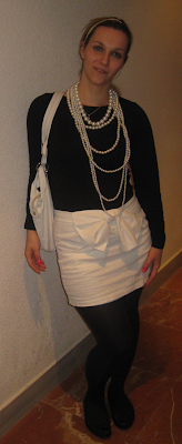 coco chanel inspiration, black&white, pearl necklace