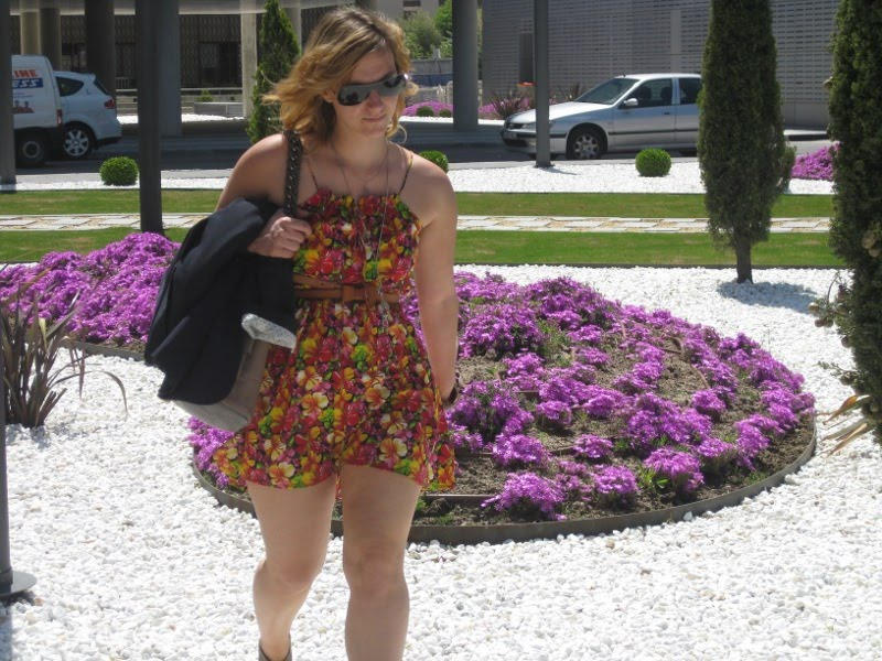 street style, echale un par de tacones, asos, zara, vestido flores